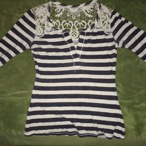 Black & White Striped (lace) Long Sleeve